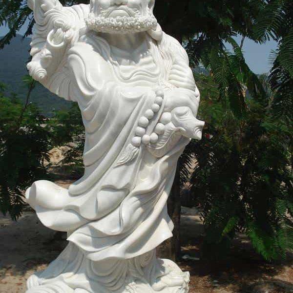 Tượng Đạt Ma Sư Tổ bằng đá