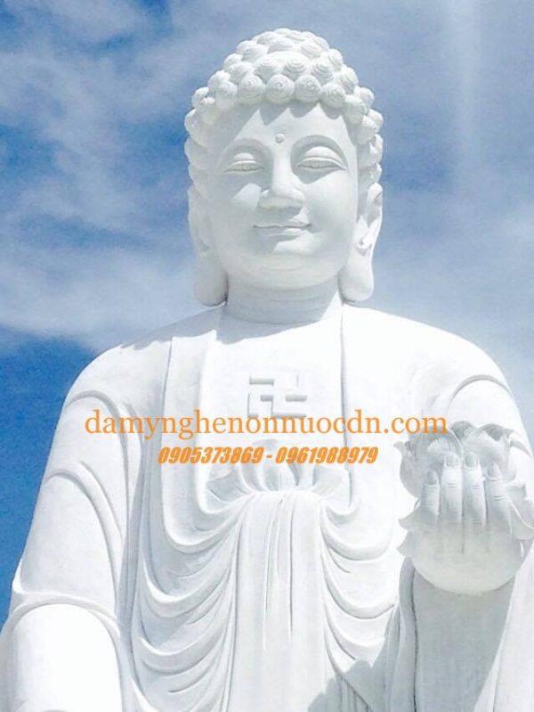 Tượng Phật A Di Đà đá tự nhiên