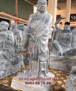 Tượng La Hán Kháng Môn