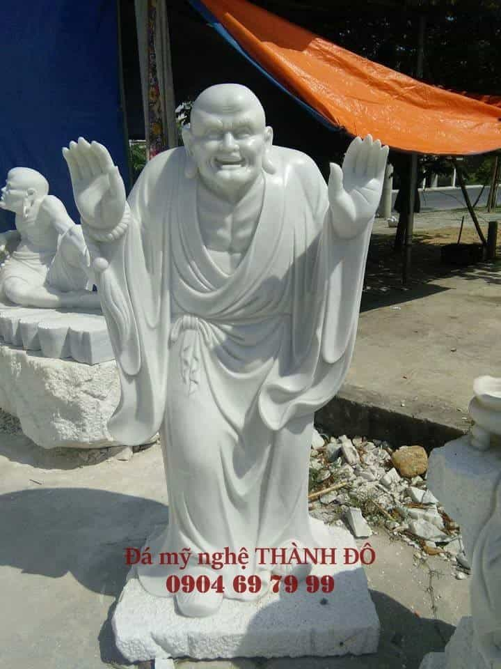 Tượng La Hán Khánh Hỷ bằng đá