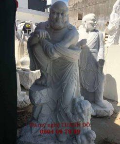 Tượng La Hán Tiểu Sư bằng đá