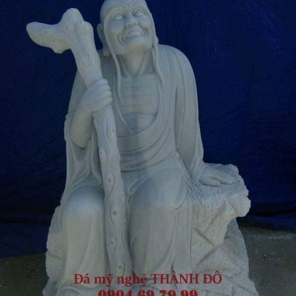 Tượng La Hán Trường Mi bằng đá
