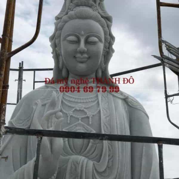 Tượng Phật Quan Thế Âm Bồ Tát bằng đá