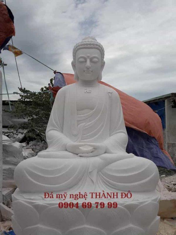 Tượng Phật Thích Ca bằng đá tự nhiên