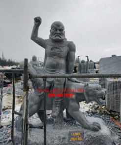 Thập Bát La Hán - La Hán Phục Hổ