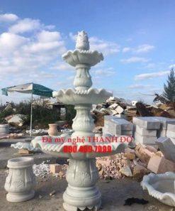 Đài phun nước đá trắng xanh