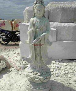 tượng Phật Quan Thế Âm bằng đá