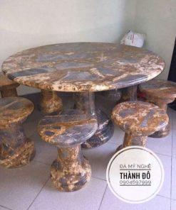 Bộ bàn ghế đá tròn vân tự nhiên