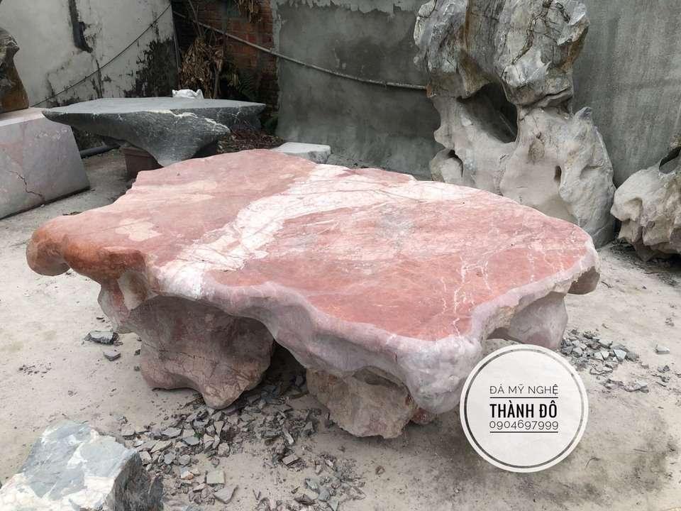 Bộ bàn ghế đá tự nhiên, nguyên khối