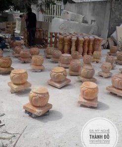 Tảng đá kê chân cột gỗ