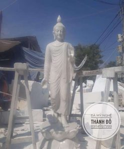 Tượng Phật Thích Ca đứng