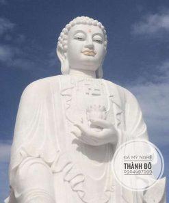 Tượng Phật A Di Đà đứng cao 6m