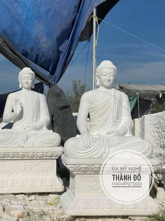 Không có vị Phật nào lớn nhất