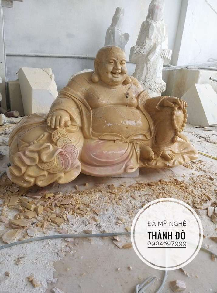 Tượng Phật đẹp - Phật Di Lặc đá vàng