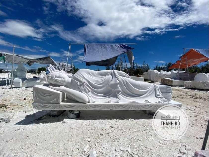 Tượng Phật nằm bằng đá tự nhiên, nguyên khối