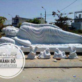 Tượng Phật nằm đẹp nhất bằng đá