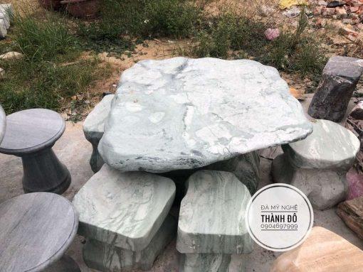 Bàn đá tự nhiên nguyên khối