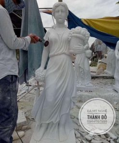 Tượng cô gái bằng đá 1.6m