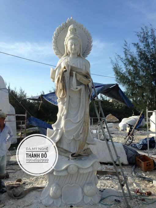 Tượng Phật Bà Quan Âm đá tự nhiên 3.5m