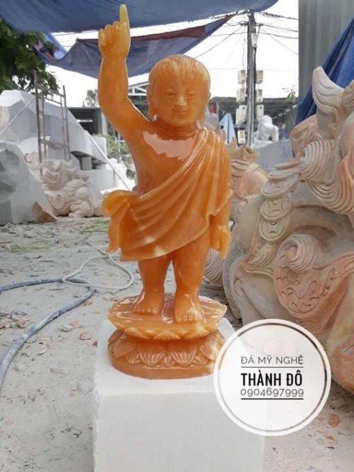 Tượng Phật Đản Sanh đá ngọc hoàng long