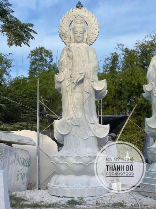 Tượng Phật Quan Âm đá tự nhiên 7m