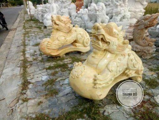 Tỳ hưu đá cẩm thạch vàng