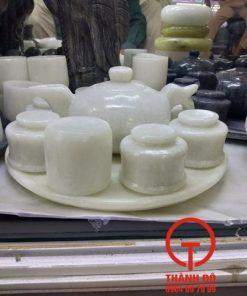 Bộ ấm trà đá trắng