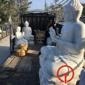 Bộ tượng Phật đã lên xe chuẩn bị về chùa