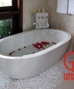 Bồn tắm bằng đá cẩm thạch tự nhiên