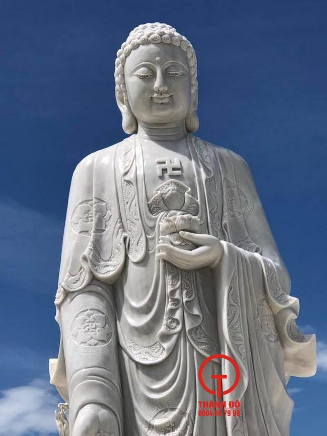 Hình tượng Phật A Di Đà mang ý nghĩa cứu độ, tiếp dẫn chúng sanh