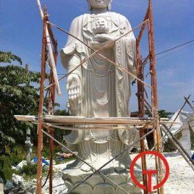 Tượng A Di Đà bằng đá cao 4m