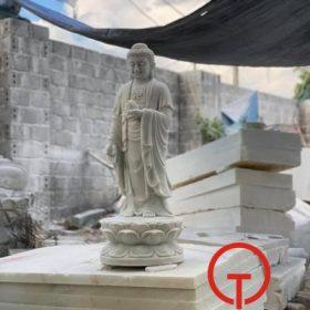 Tượng Phật A Di Đà bằng đá nhỏ