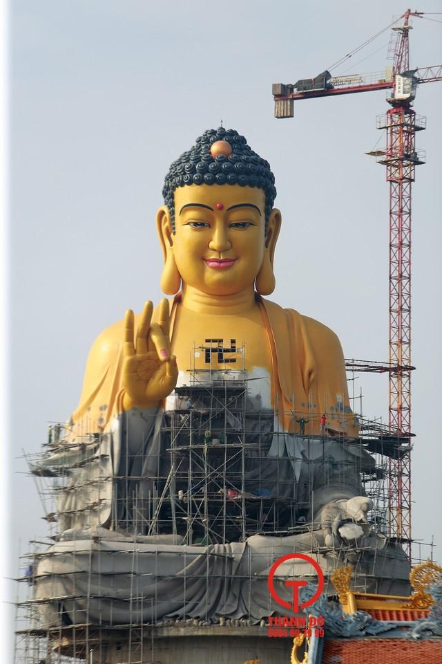 Tượng Phật A Di Đà chùa Khai Nguyên