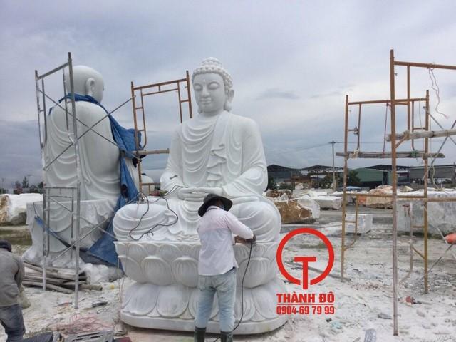 Tượng Phật Thích Ca bằng đá tự nhiên, nguyên khối