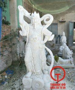 Tượng Tiêu Diện bằng đá trắng
