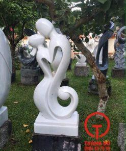 Tượng cặp tình nhân nghệ thuật bằng đá