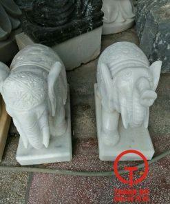 Tượng voi bằng đá cẩm thạch tự nhiên