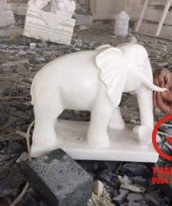 Tượng voi bằng đá trắng tự nhiên