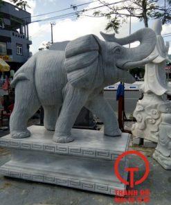 Tượng voi bằng đá tự nhiên nguyên khối