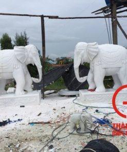 Tượng voi đá Non Nước