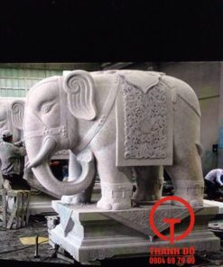 Tượng voi phong thủy bằng đá