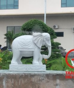 Tượng voi phong thủy đá cẩm thạch