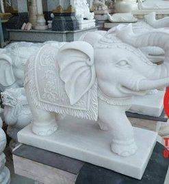 Tượng voi phong thủy đá trắng tự nhiên