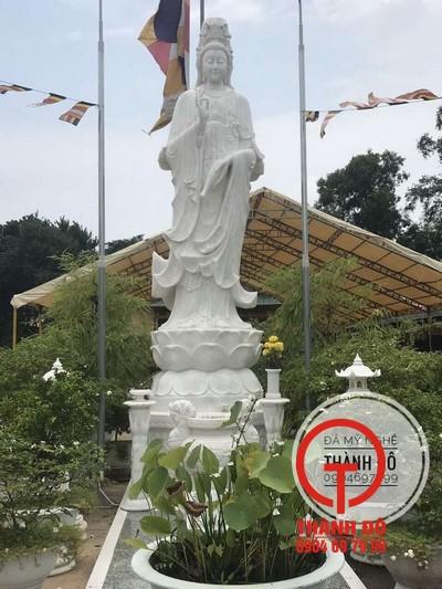 Hình ảnh quan cảnh nơi đặt tượng sau 1 năm được Thầy Nguyên Linh gửi cho Thành Đô